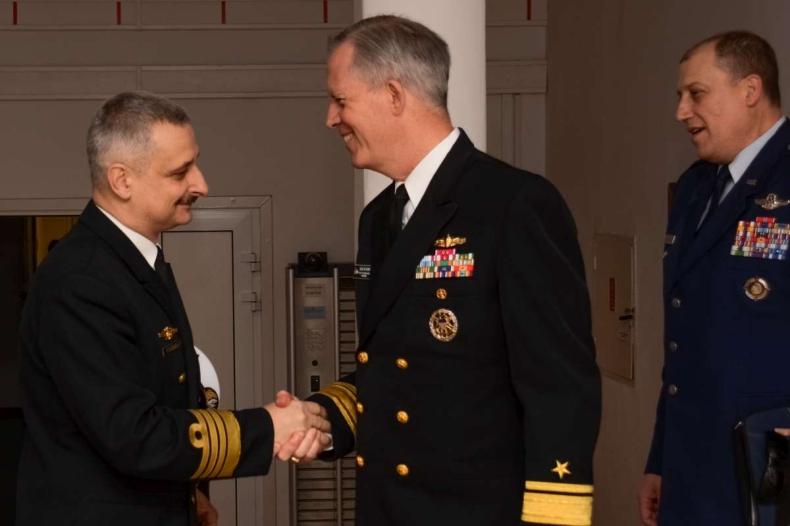 Admirał James J. Shannon z wizytą w Gdyni - GospodarkaMorska.pl