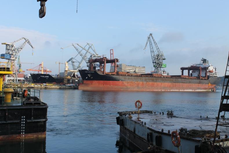 Point Lisas Pearl w stoczni Nauta - GospodarkaMorska.pl