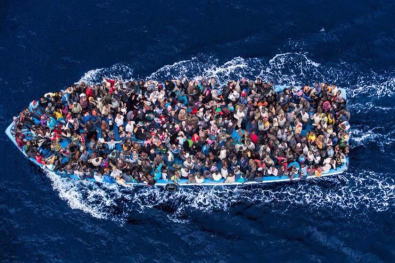 1850 migrantów uratowano na Morzu Śródziemnym - GospodarkaMorska.pl
