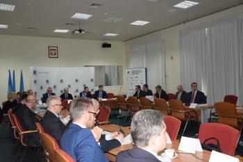 Partnerstwo publiczno-prywatne w rozwoju żeglugi śródlądowej - GospodarkaMorska.pl