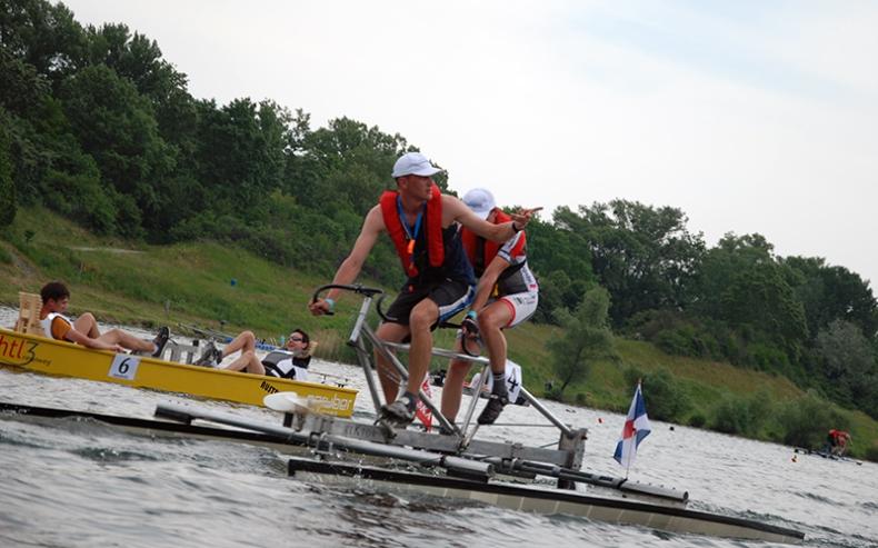 Studenci PG wywalczyli trzecie miejsce w International Waterbike Regatta - GospodarkaMorska.pl