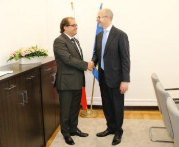 Z ambasadorem Wielkiej Brytanii o współpracy w obszarze gospodarki morskiej i żeglugi - GospodarkaMorska.pl