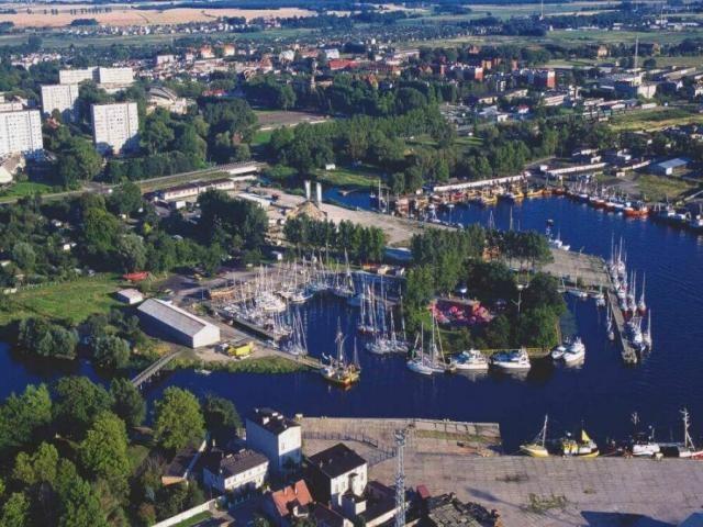 Kołobrzeski port jachtowy otwarty dla wędkarzy - GospodarkaMorska.pl