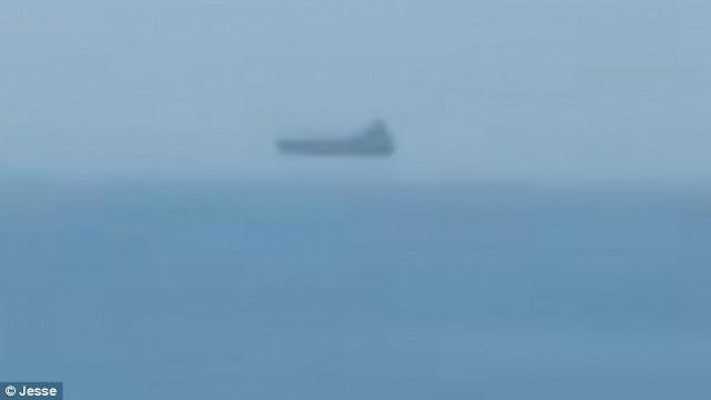 Niesamowity widok. Turysta zauważył lewitujący statek (wideo) - GospodarkaMorska.pl