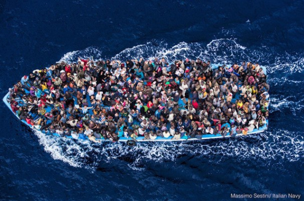 Około 5 tys. migrantów uratowanych na Morzu Śródziemnym - GospodarkaMorska.pl