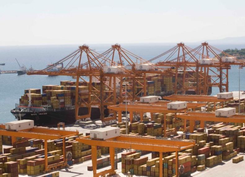 Prywatyzacja portu Pireus utknęła w martwym punkcie - GospodarkaMorska.pl