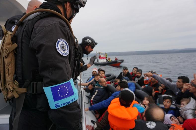 Parlament poparł plan utworzenia wspólnej europejskiej straży granicznej i przybrzeżnej - GospodarkaMorska.pl
