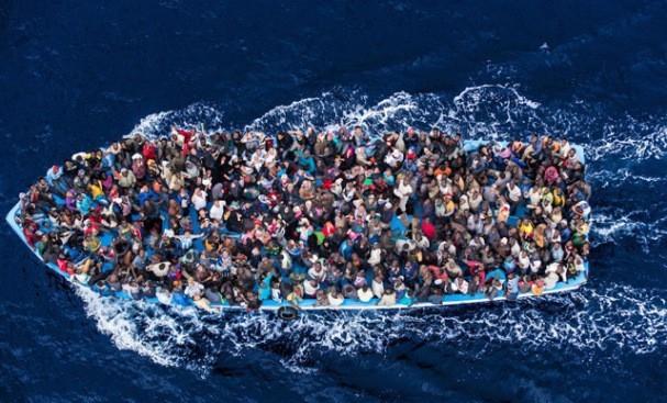 IOM: ponad 275 tys. migrantów przybyło w tym roku do Europy - GospodarkaMorska.pl