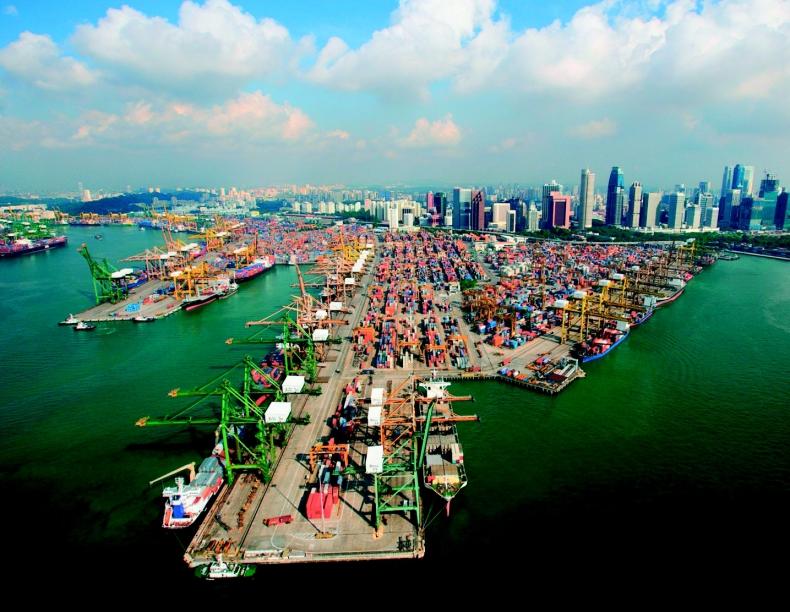 Chiny dalej będą obniżać zdolności przeładunkowe portów - GospodarkaMorska.pl
