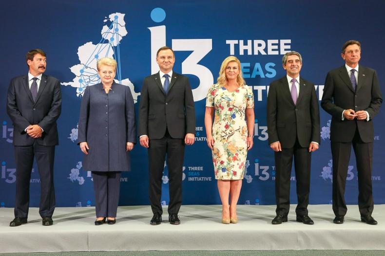 Polska chce wzmacniać współpracę z krajami Trójmorza. Zyska na tym gospodarka i wzrośnie bezpieczeństwo - GospodarkaMorska.pl