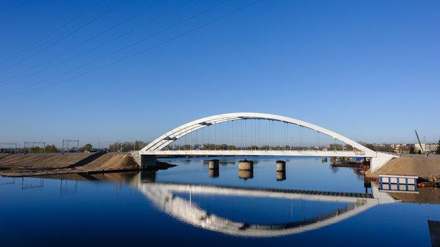 Zakończyła się modernizacja linii kolejowej do portu - GospodarkaMorska.pl