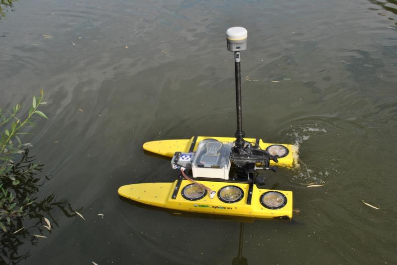 Studenci Akademii Morskiej w Gdynii skonstruowali autonomicznego drona hydrograficznego - GospodarkaMorska.pl