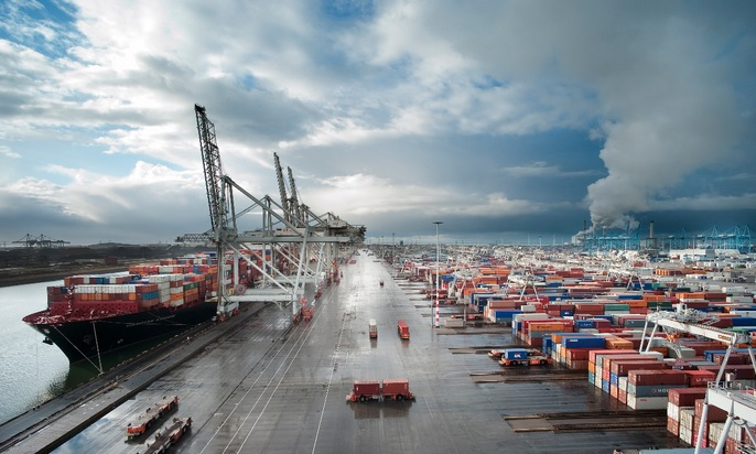 Co trzecie euro przeznaczane przez UE na porty jest marnowane - GospodarkaMorska.pl