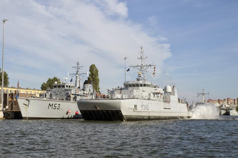 Natowskie okręty w świnoujskim Porcie Wojennym - GospodarkaMorska.pl