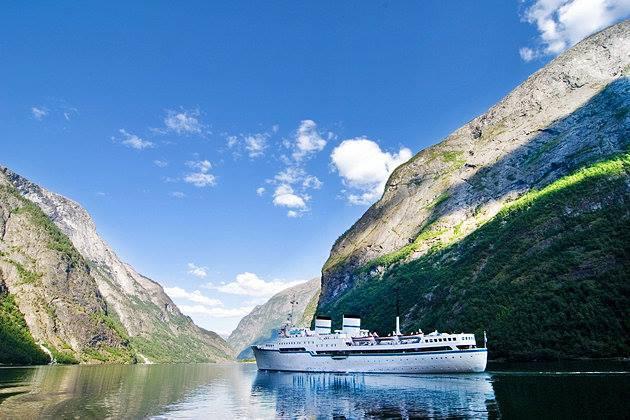 Moby Lines przejmie statki należące do St. Peter Line - GospodarkaMorska.pl