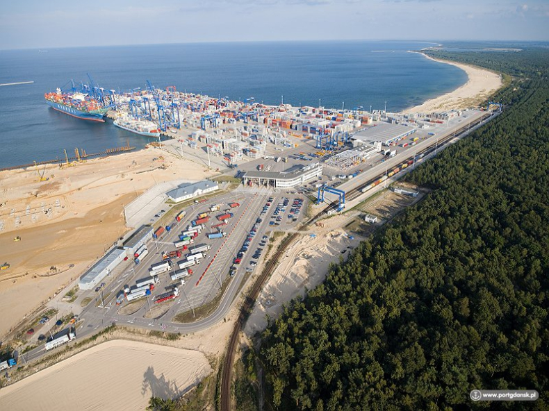 Awans Gdańska na Bałtyku i nowy dostęp kolejowy do portu stały się faktem - GospodarkaMorska.pl