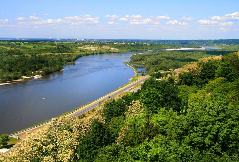 Z Wisły na Dniepr: memorandum w sprawie drogi wodnej E-40 podpisane - GospodarkaMorska.pl