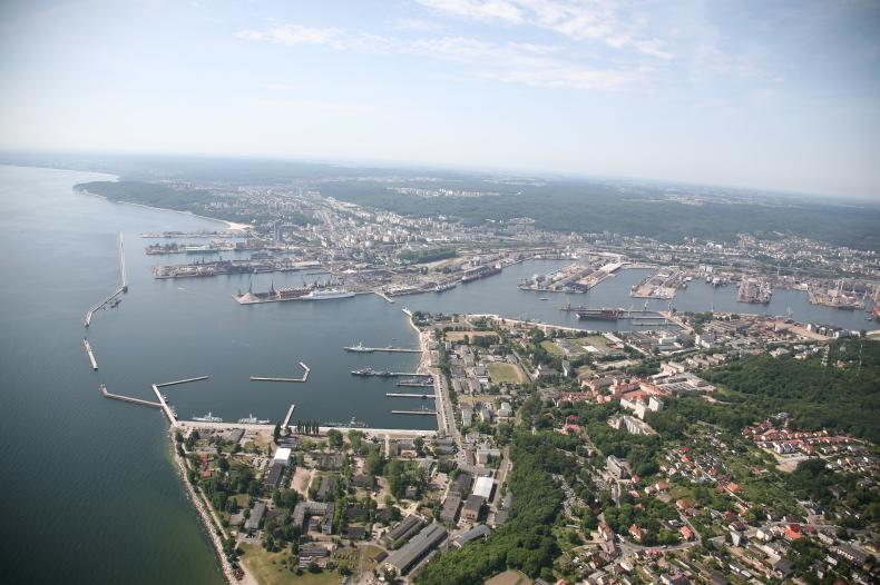 Szmit: Dla Pomorza najważniejszy jest dostęp do Portu Gdynia - GospodarkaMorska.pl