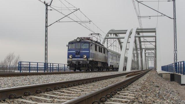 Sonary, georadary i komputery sprawdzają kolejowe mosty - GospodarkaMorska.pl