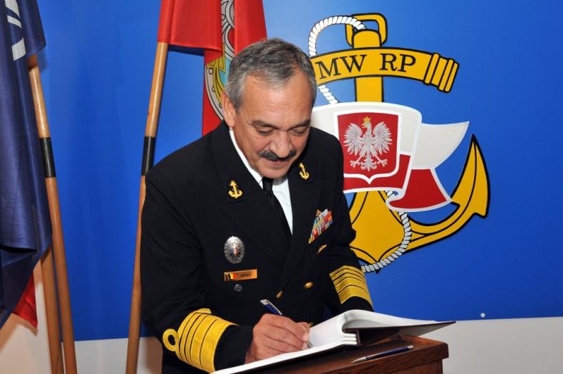 Dowódca Marynarki Wojennej Rumunii w 3. Flotylli Okrętów - GospodarkaMorska.pl