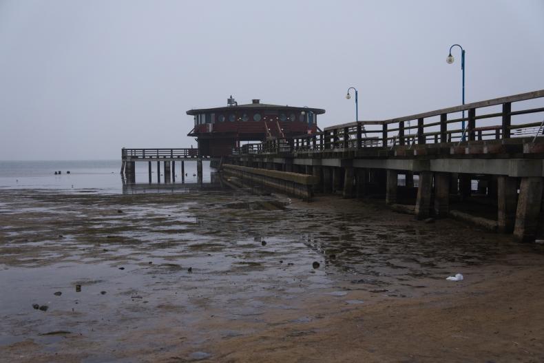 Tak wygląda cofka na Zatoce Puckiej (zdjęcia) - GospodarkaMorska.pl