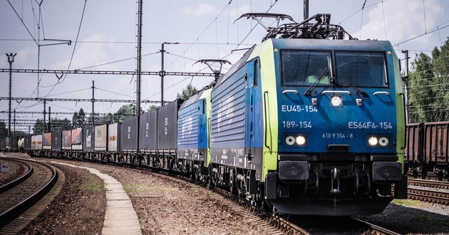 Prezes PKP CARGO za racjonalnymi kompromisami w rozwoju kolei - GospodarkaMorska.pl