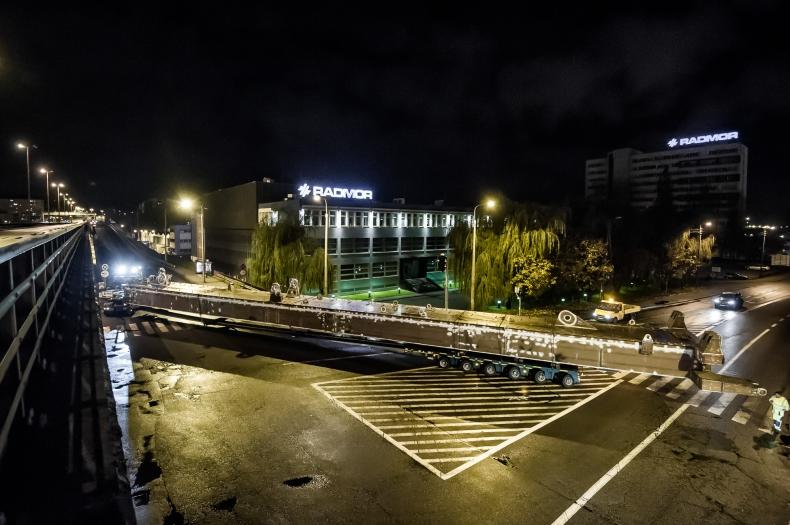 5 km w 3 godziny. Rekordowy transport w Gdyni - GospodarkaMorska.pl