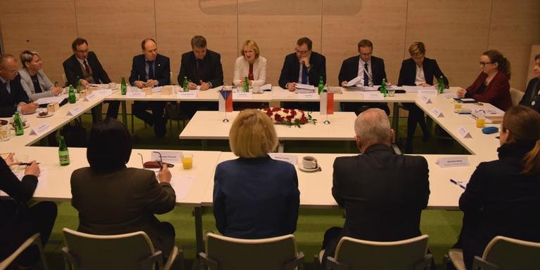 Polsko-czeskie spotkanie dot. ochrony powierza i gospodarki wodnej - GospodarkaMorska.pl