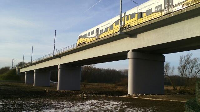 Nowy most kolejowy na Nysie Łużyckiej. Inwestycja zwiększy mozliwości transportowe - GospodarkaMorska.pl