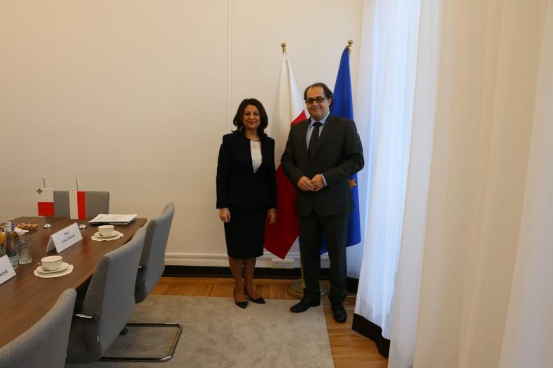 Ambasador Republiki Malty z wizytą w MGMiŻŚ - GospodarkaMorska.pl