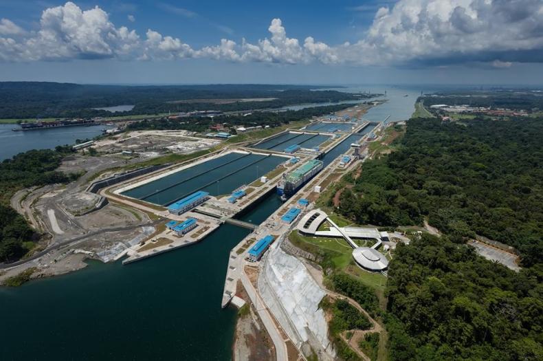 Wykonawcy rozbudowy Kanału Panamskiego żądają więcej pieniędzy - GospodarkaMorska.pl