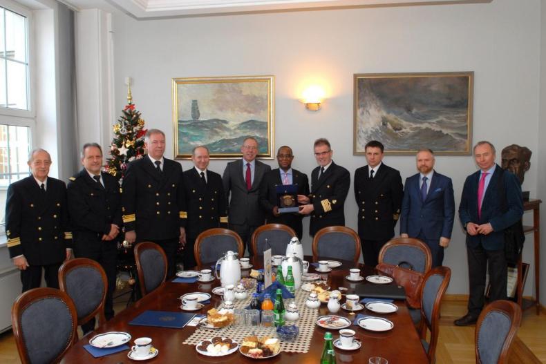 Wizyta Ambasadora RPA w Akademii Morskiej w Gdyni - GospodarkaMorska.pl