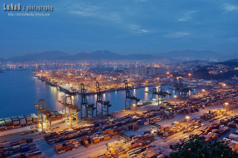 Poznajmy największe porty i terminale kontenerowe z każdego kontynentu: Afryka (foto) - GospodarkaMorska.pl