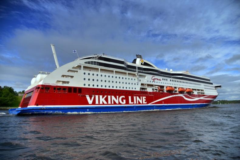 Viking Grace będzie pierwszym na świecie promem napędzanym LNG oraz energią wiatrową - GospodarkaMorska.pl