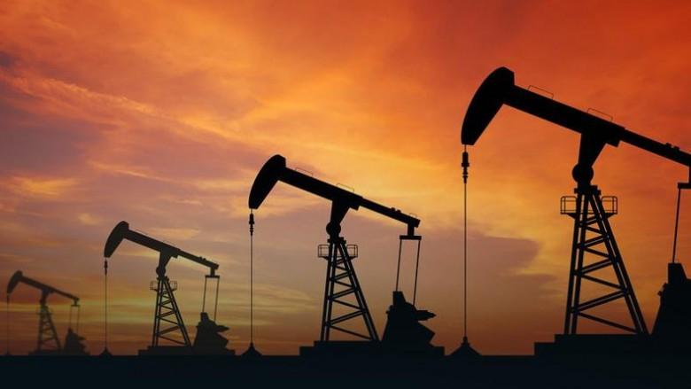W USA ropa tanieje, bo zapasy surowca wzrosły dużo mocniej niż szacowano - GospodarkaMorska.pl