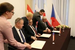Polska, Czechy i Słowacja intensyfikują współpracę w łączeniu szlaku wodnego Odra-Łaba-Dunaj - GospodarkaMorska.pl