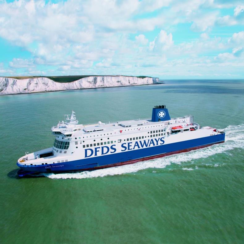 Coraz więcej turystów z Azji na promach DFDS - GospodarkaMorska.pl
