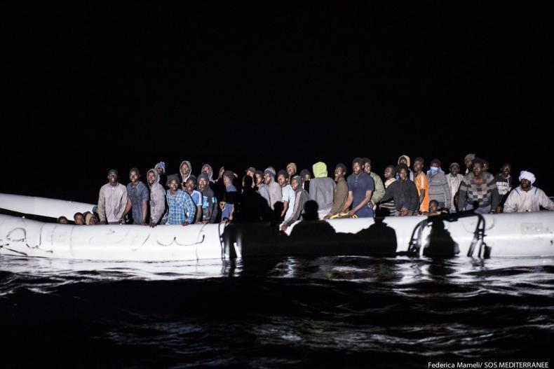 Unijni przywódcy przyjęli plan mający ograniczyć migrację z Afryki - GospodarkaMorska.pl
