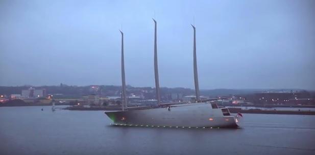 Gigantyczny jacht w drodze na próby morskie (wideo) - GospodarkaMorska.pl