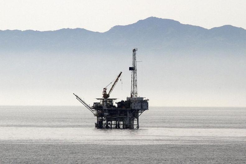 Zapasy ropy w USA wyższe o prawie 10 mln baryłek – dla cen ropy to zła informacja - GospodarkaMorska.pl