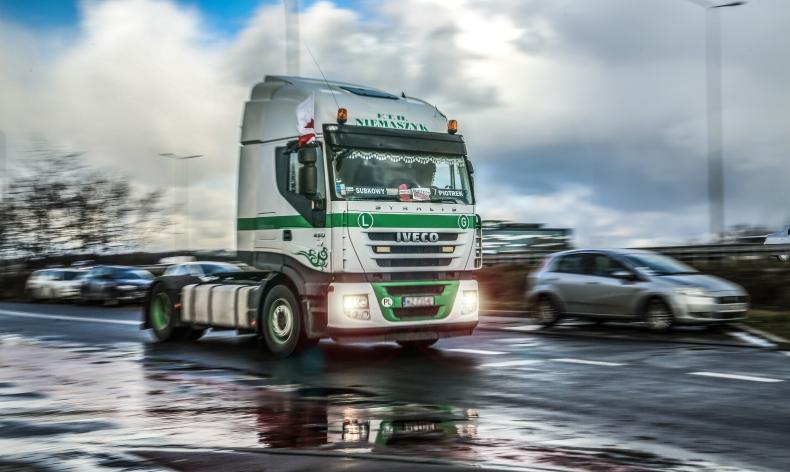 W gdańskim porcie powstał pierwszy płatny parking dla ciężarówek - GospodarkaMorska.pl