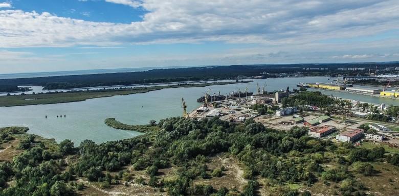 Kazimierz Drzazga o stanie przygotowań do budowy terminalu kontenerowego w Świnoujściu - GospodarkaMorska.pl