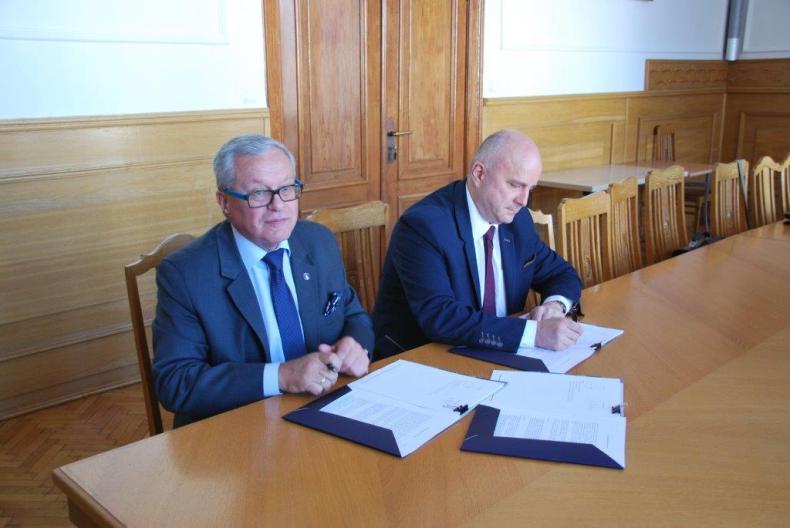 Umowa na pełnienie funkcji Inżyniera Kontraktu modernizacji wejścia do portu wewnętrznego w Gdańsku - GospodarkaMorska.pl