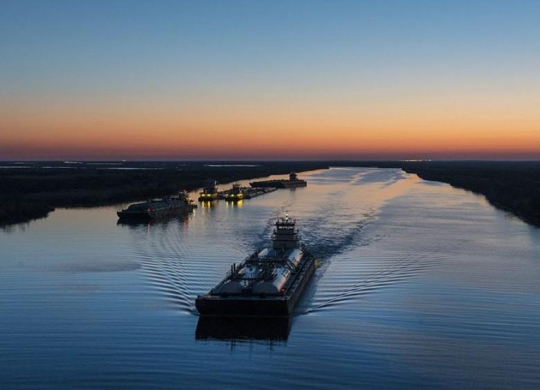 Sejm przyjął ustawę regulującą czas pracy na statkach żeglugi śródlądowej - GospodarkaMorska.pl