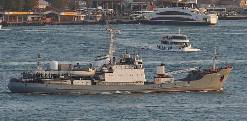 Okręt wojenny zatonął po zderzeniu ze statkiem handlowym na Morzu Czarnym - GospodarkaMorska.pl
