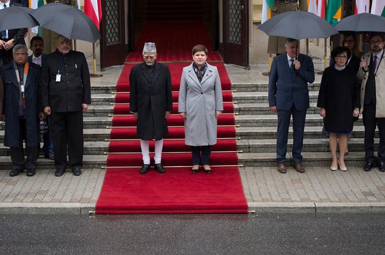 Premier: Polska i Indie to kraje, które mają ze sobą wiele wspólnego - GospodarkaMorska.pl