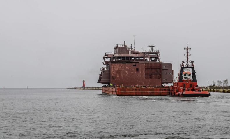 Polskie stocznie doceniane na świecie. Sekcja statku wypłynęła z Gdańska do Norwegii (foto, wideo) - GospodarkaMorska.pl