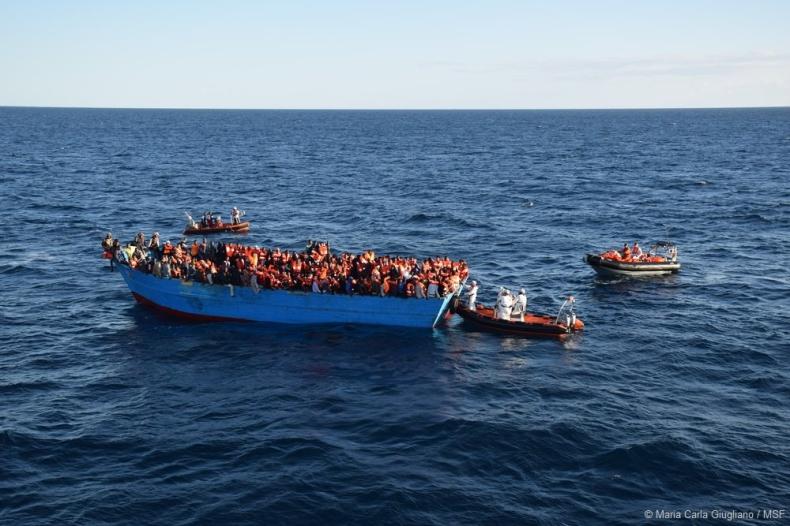 Włochy: 3 tysiące migrantów uratowanych na Morzu Śródziemnym - GospodarkaMorska.pl