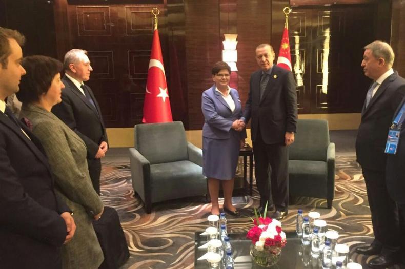 Chiny: Premier Szydło rozmawiała z prezydentem Turcji m.in. o zwiększeniu obrotów handlowych - GospodarkaMorska.pl
