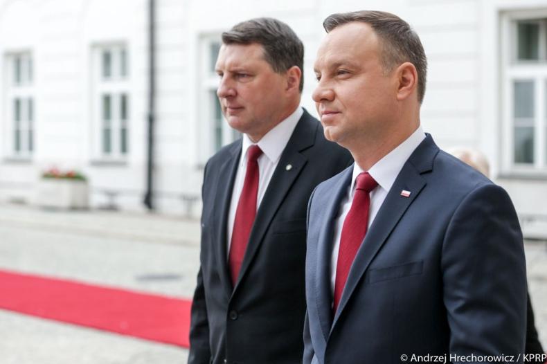 Prezydenci Polski i Łotwy deklarują wspólne stanowiska ws. bezpieczeństwa - GospodarkaMorska.pl